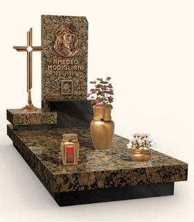 католический памятник