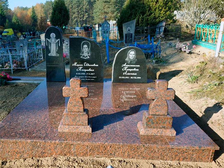 православный памятник с портретами