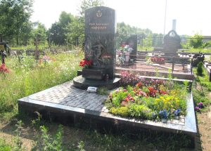 Памятник футболисту